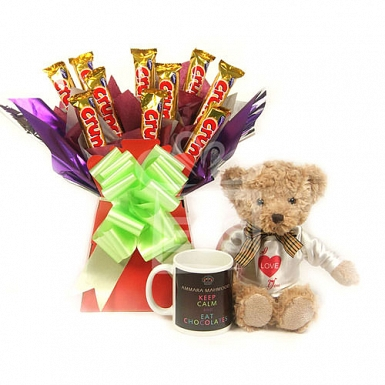 Crunchy Bouquet with Bear and Mug