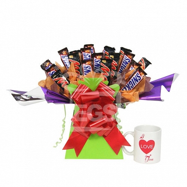 Snickers and Mars Bouquet With Heart Mug