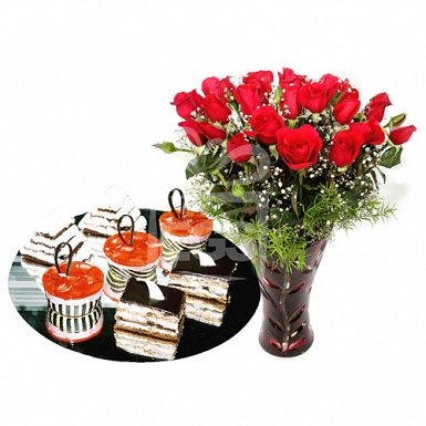 Cake Slices from Pearl Continental Hotel with Long Stemmed Red Roses delivery to Pakistan