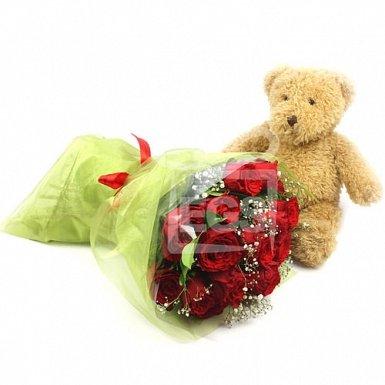Dozen Rose Hugs