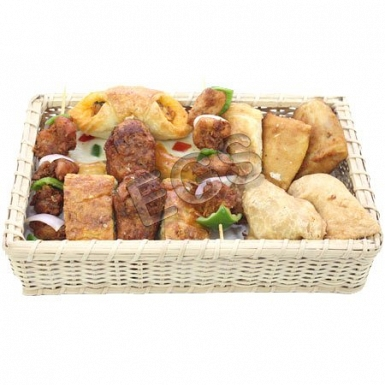 Hot Snacks Basket From Rahat Bakers delivery to Pakistan