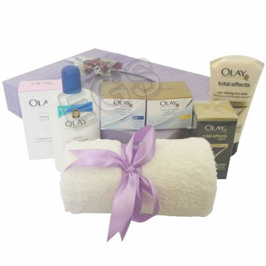 Olay Gift Hamper delivery to Pakistan