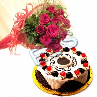 Cake From Tehzeeb Bakers With Red Roses delivery to Pakistan